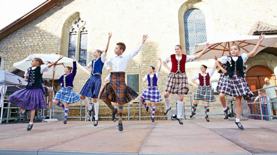 sl_kids_20highland_20dancer